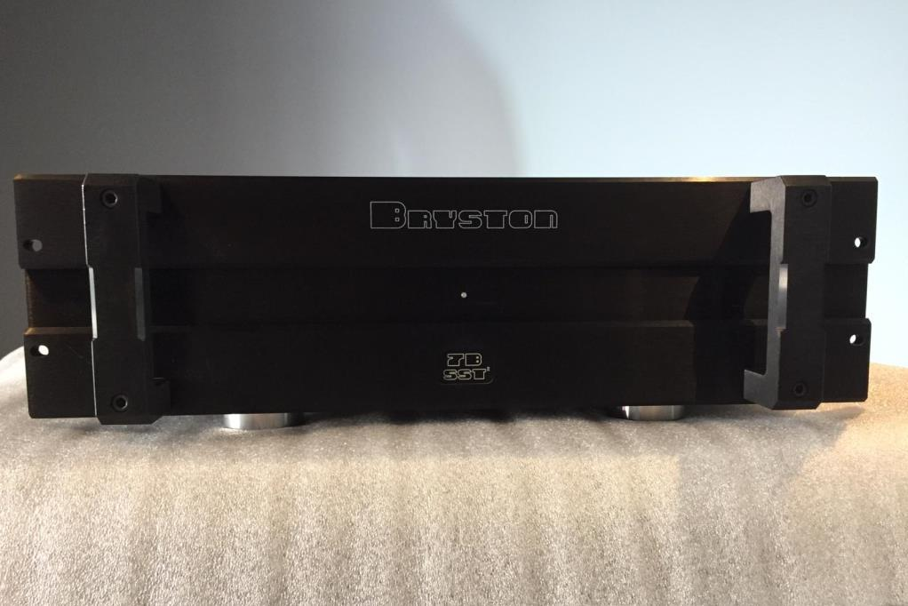 3x Bryston 7BSST2 CINEMIKE MONO AMP