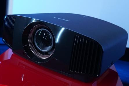 VPL-VW590ES